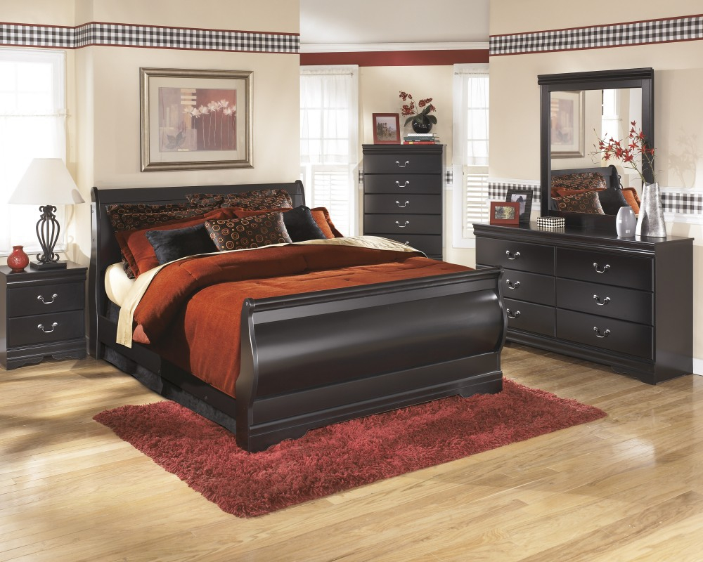 Huey Vineyard 5 Pc Bedroom Dresser Mirror Queen Sleigh Bed