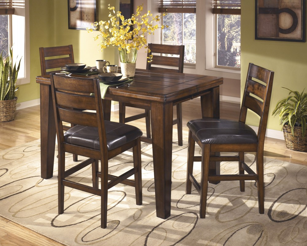 Larchmont Butterfly Ext Table 4 Uph Bar Stools D442124432