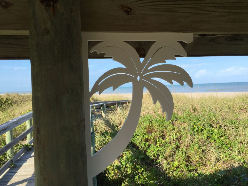 Large Palm Tree Decorative Corner Bracket For Your Mailbox Deck