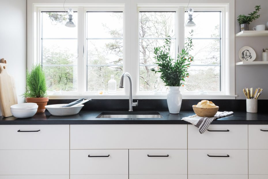 One Kitchen Three Ways A Scandi Kitchen With Bosch Home Appliances