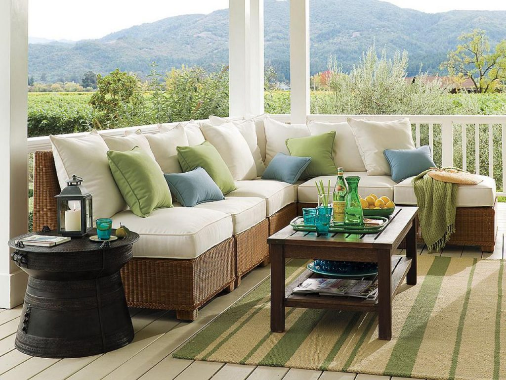 Outdoor Wicker Patio Furniture Sets Best To Invest In Black