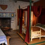 Pin Dew Harvey On Bed Rooms Wow In 2019 Bedroom Medieval