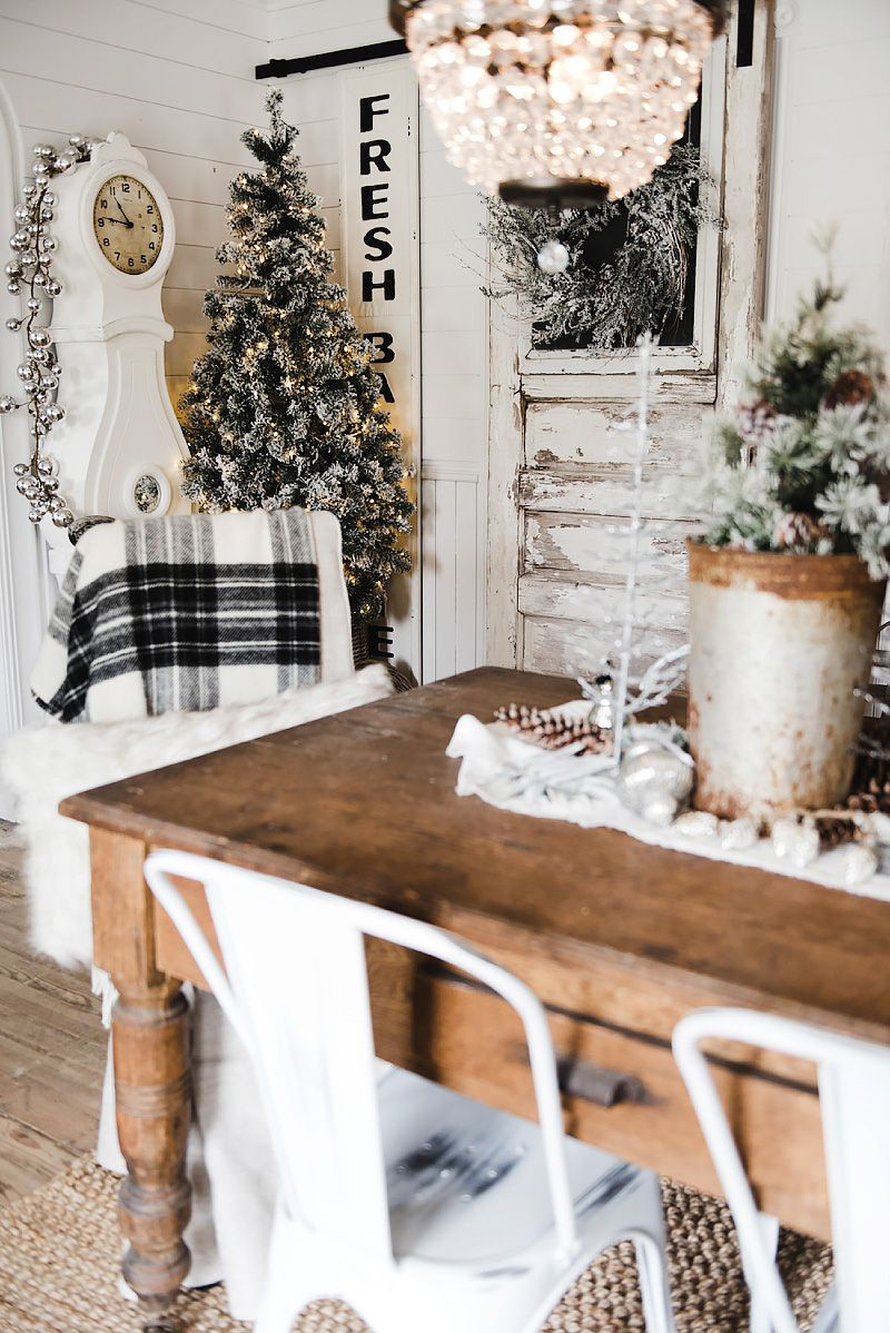 Rustic Glam Farmhouse Christmas Dining Room Merry Christmas