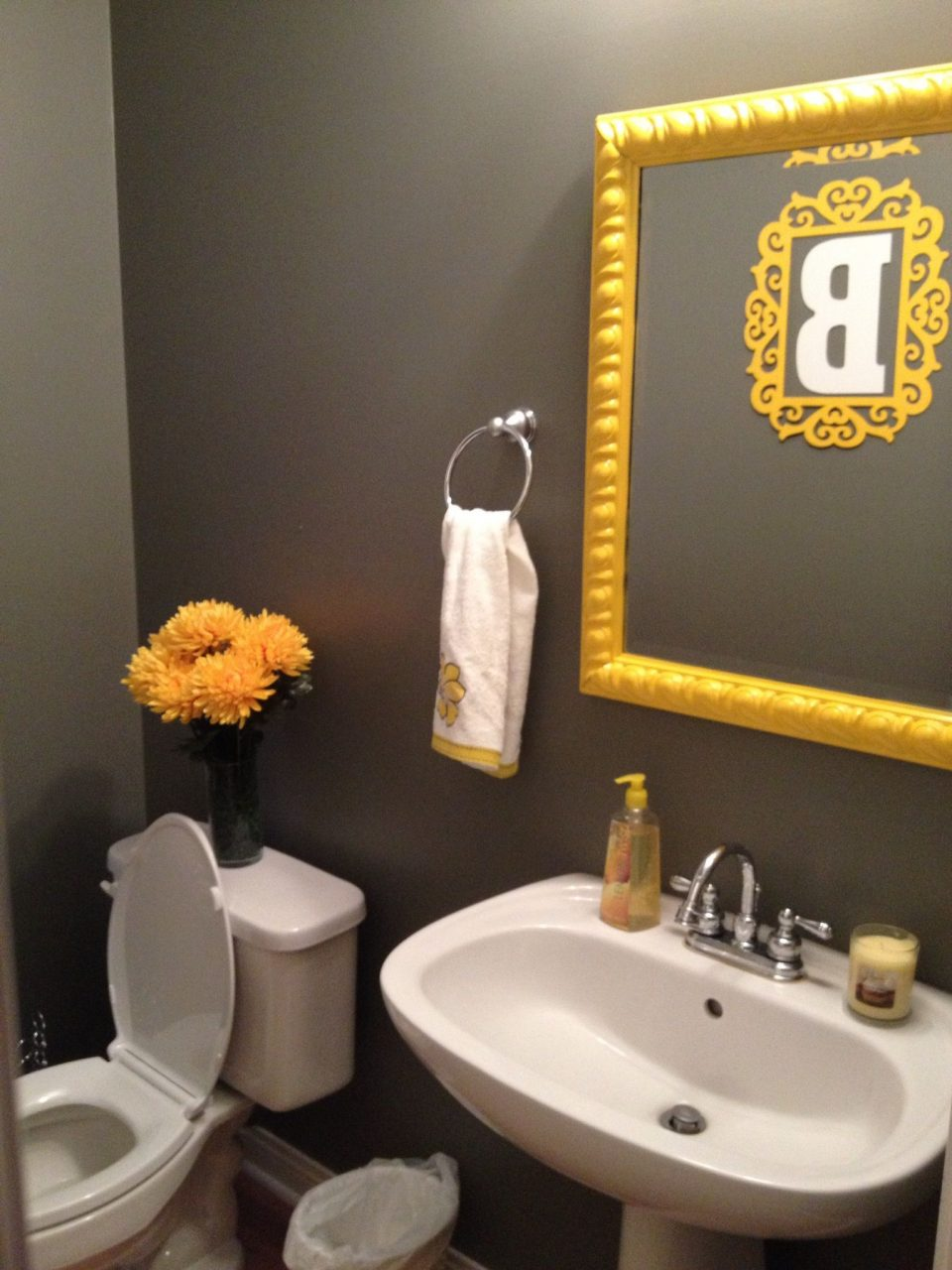 Small 12 Bath Pretty Yellow And Grey With Wall Stencil Decoration