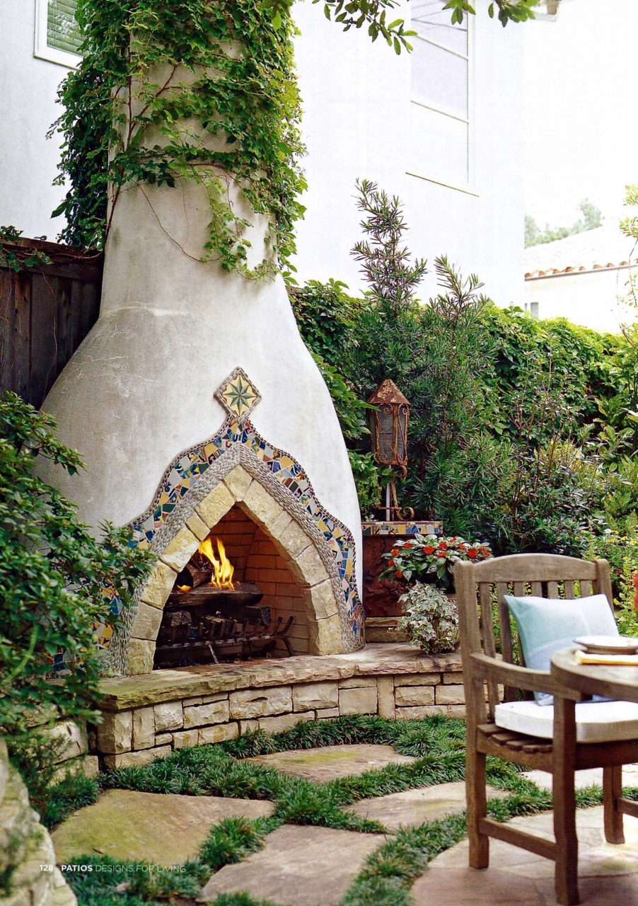 Spanish Style Stucco Fireplace The Glitter Lifestyle In 2019