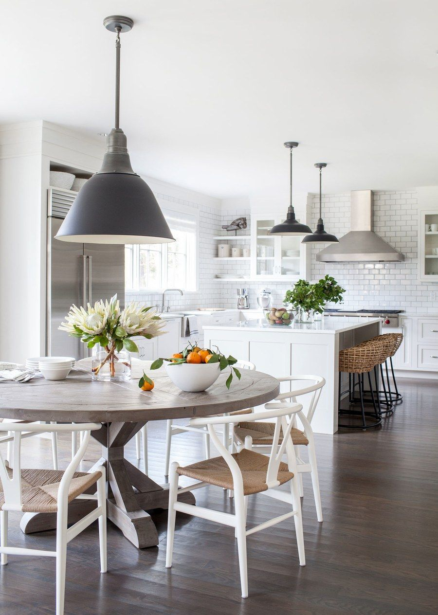 To Balance Out The Glossy All White Kitchen Simonpietri Brought In