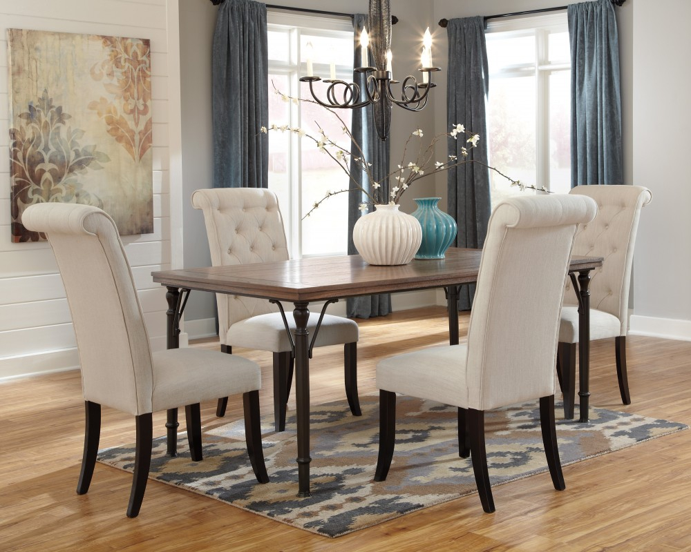 Tripton Rectangular Dining Room Table 4 Uph Side Chairs D53001