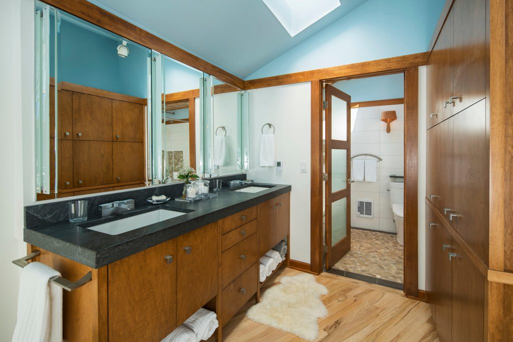 Which Contractors Replace Bathroom Vanities Angies List
