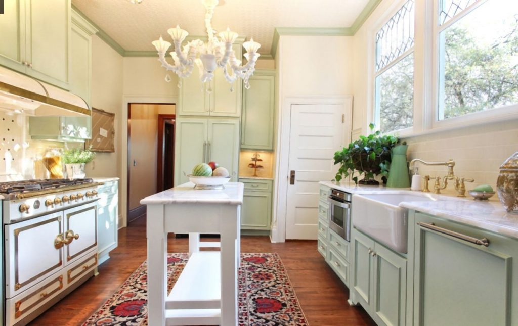 10 Lovely Modern Victorian Kitchen Design On A Budget Diodati
