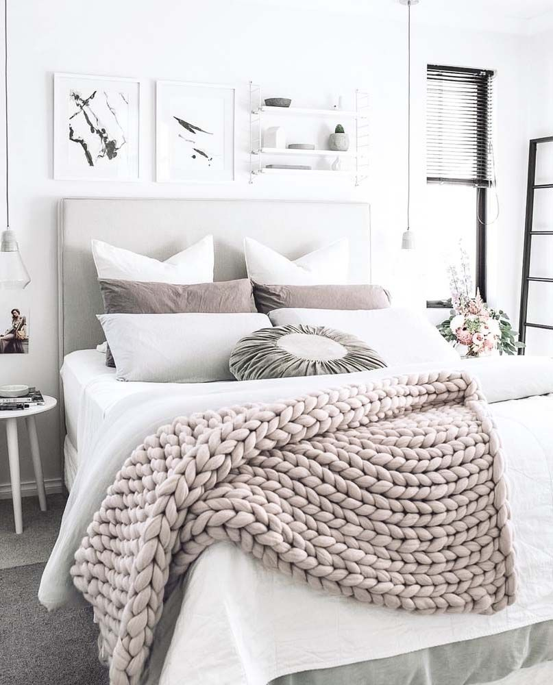 25 Insanely Cozy Ways To Decorate Your Bedroom For Fall Interiors