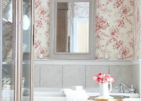 Vintage Cottage Bathroom Ideas