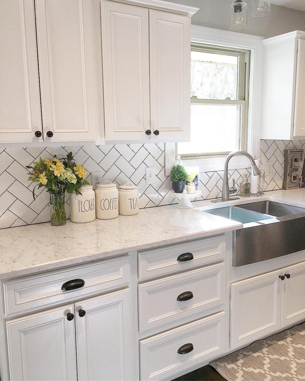 5 Tips On Buying Farmhouse Sink House Decor Farmhouse Kitchen