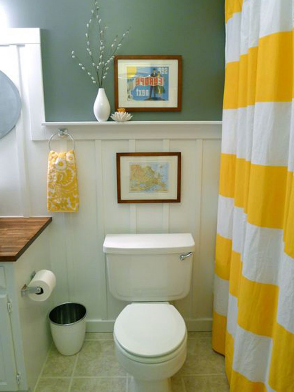 Apartment Bathroom Ideas Modest How To Decorate A Small Classic With
