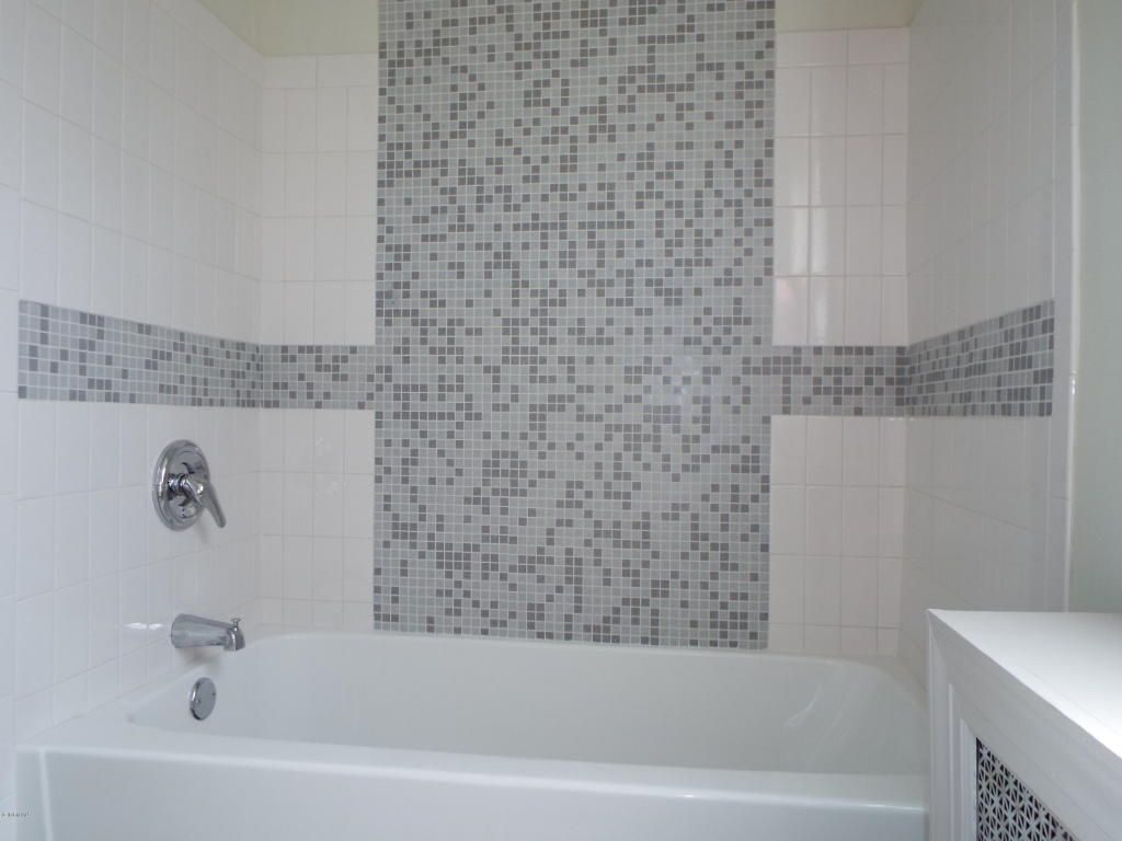 Bathroom Tile Designs Glass Mosaic Winningmomsdiary
