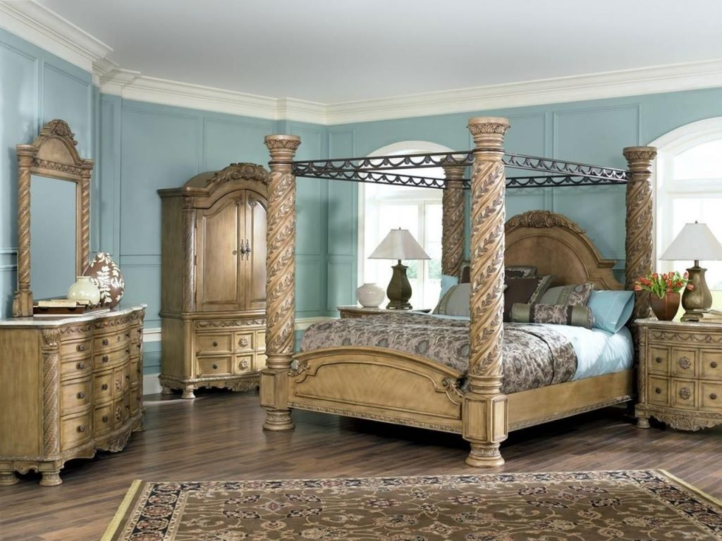 Best 45 Cheap Coastal Antique White Bedroom Furniture Ideas
