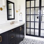 Black and White Farmhouse Bathroom Ideas