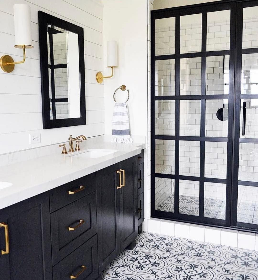 Black And White Bathroom Idea Love The Spanish Tile Design And