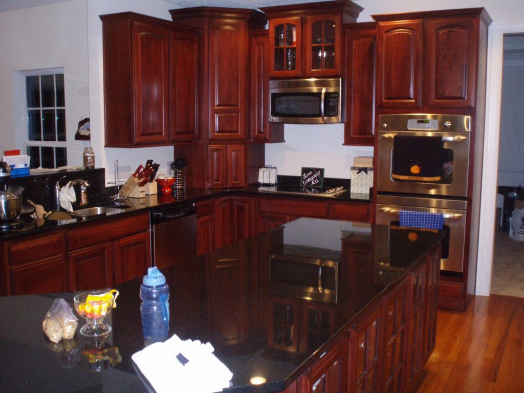 Cherry Cabinets With Granite What Color Backsplash With Cherry