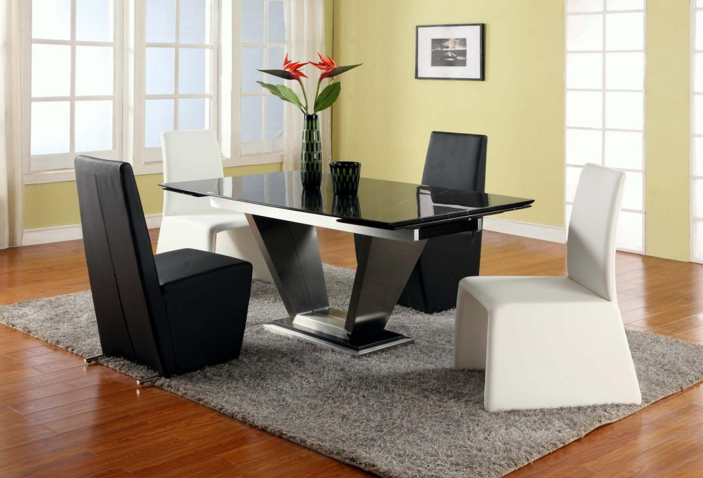 Chintaly Jessycynthia Jessy Dining 5 Piece Set Black Marquis Solid