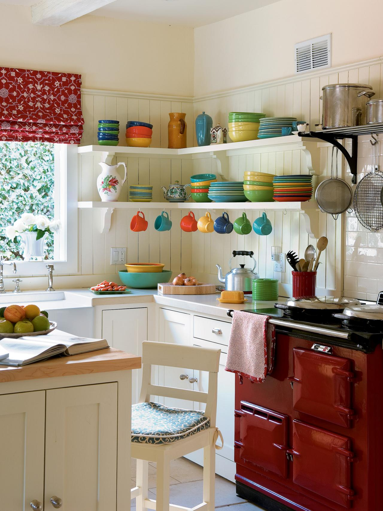 Countertops For Small Kitchens Pictures Ideas From Hgtv Kathryn Layjao