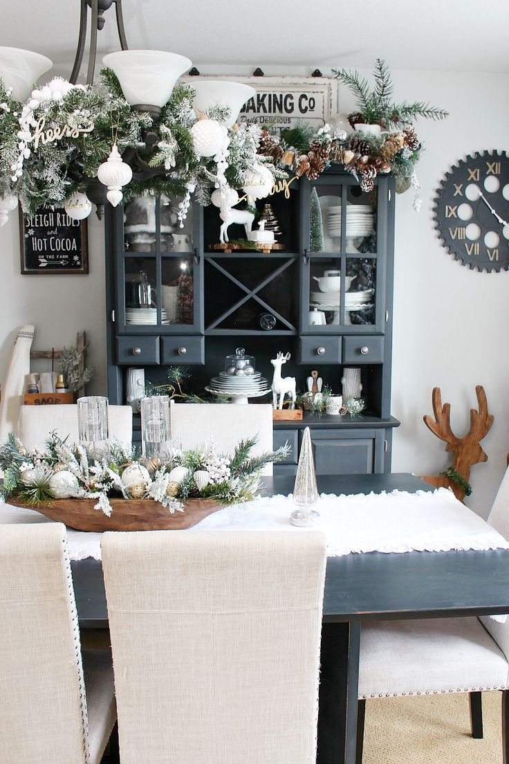 Farmhouse Dining Room Christmas Decorations Holiday Christmas