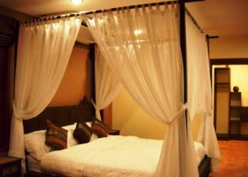 Four Post Canopy Bed Curtains