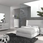 Modern Line Furniture Bedroom Sets