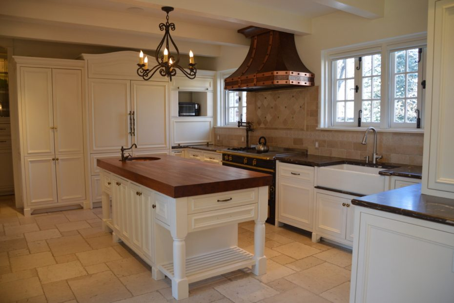 Gorgeous High End White Wood French Country Kitchen Cabinetsmarble