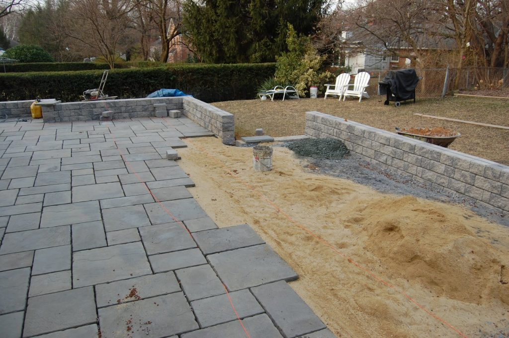 How To Build A Stone Patio Idea Theswanx Patio How To Build A