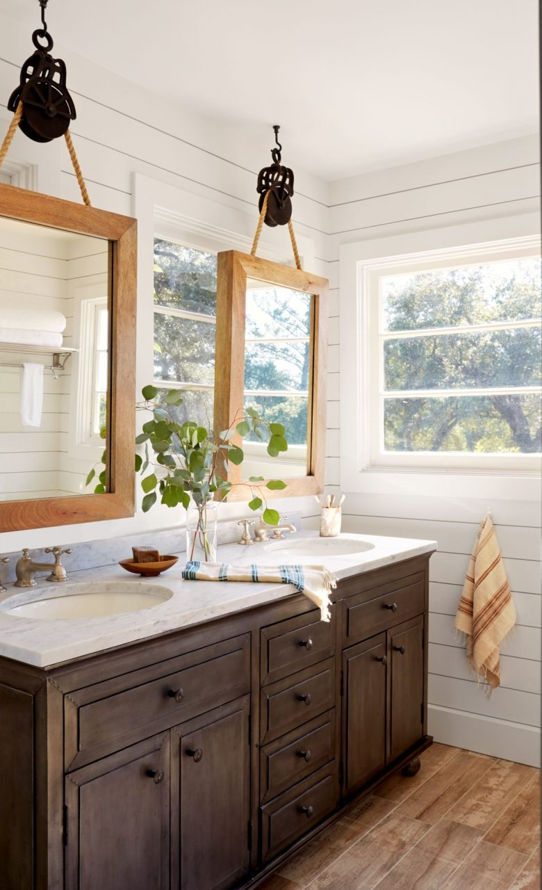 Inside A Stunning California Wine Country Cottage Bathrooms