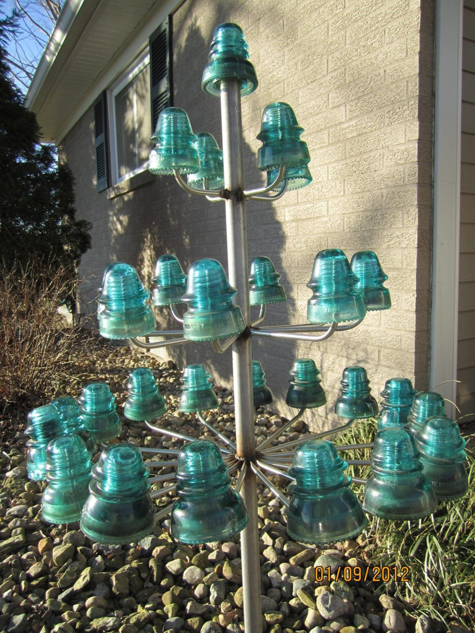 Insulator Tree Garden Patio Yard Projects Pinterest Glass
