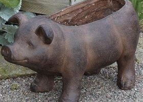 Outdoor Pig Planter