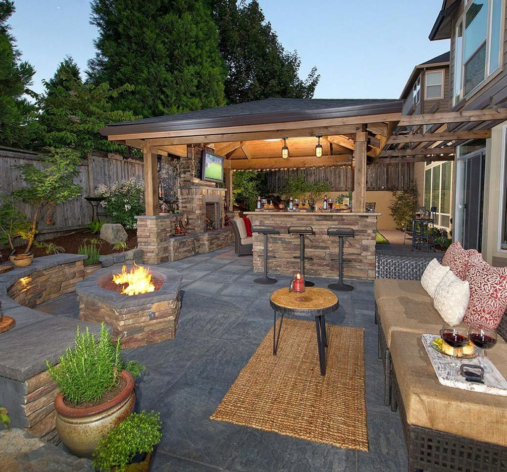 Pin Kristi Eide On Beautiful Homes Pinterest Backyard