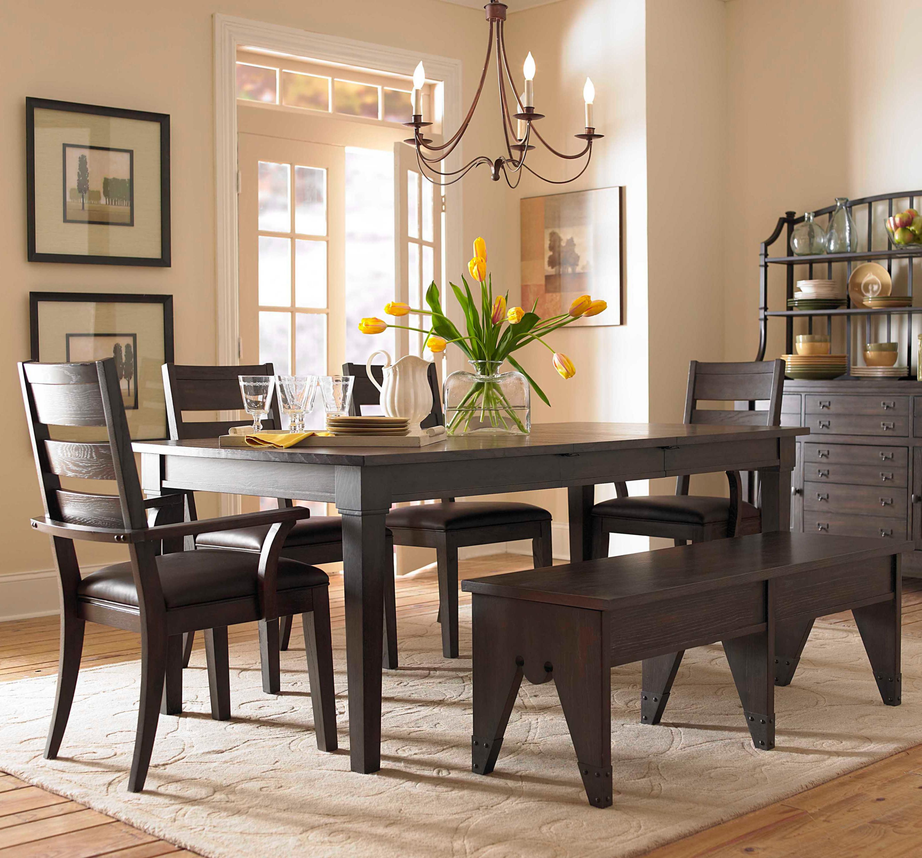 Image of: Remarkable Casual Dining Table Set Up Decor Ideas Setting Chair Layjao