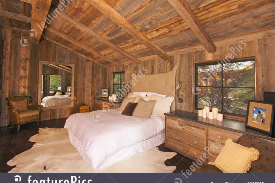 Residential Architecture Luxurious Rustic Log Cabin Bedroom Stock