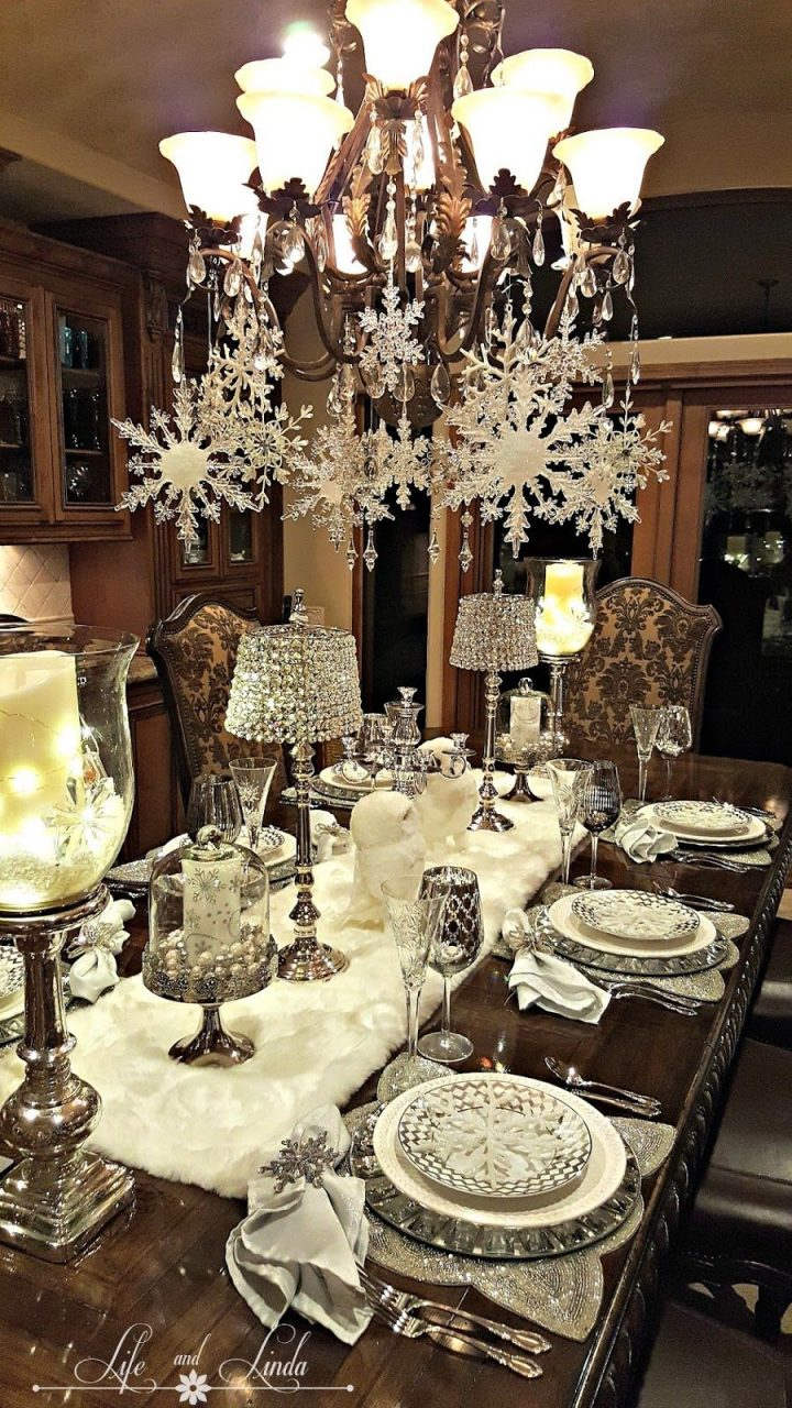 Snowflakes And Baubles Tablescape Christmas Pinterest