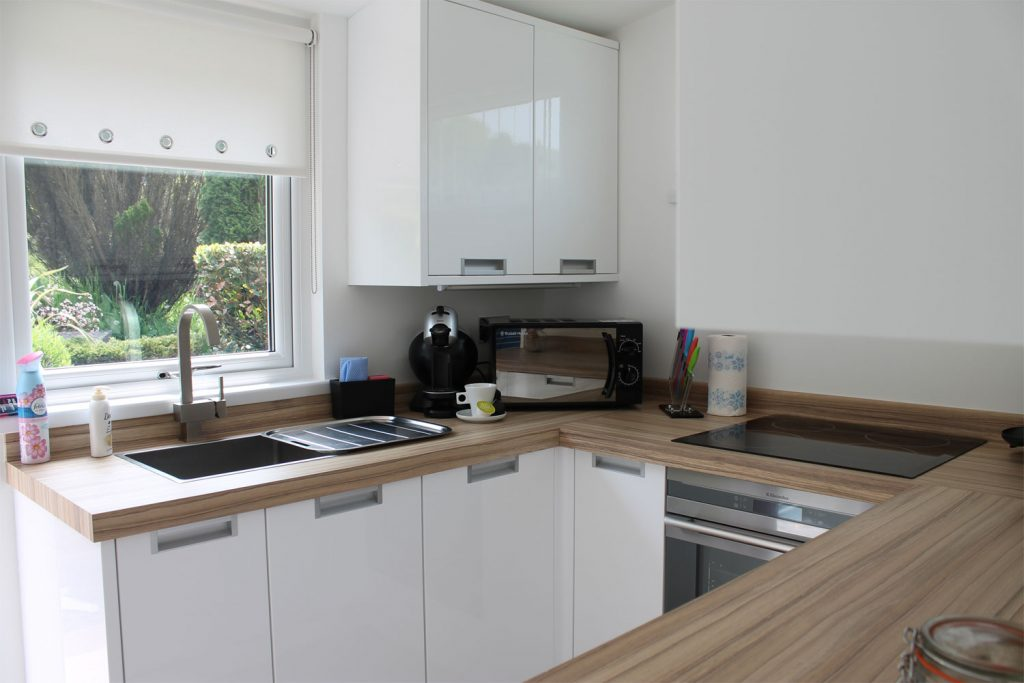The Summer House Kitchen Summer House For Hire Caswell Bay Mumbles