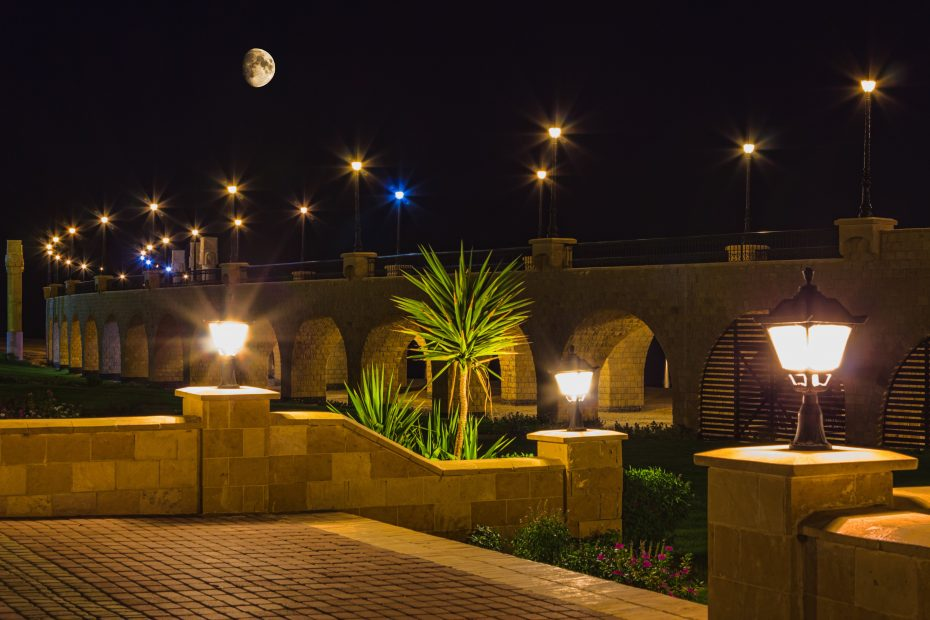Tips For Commercial Landscape Lighting Terracast Productsterracast