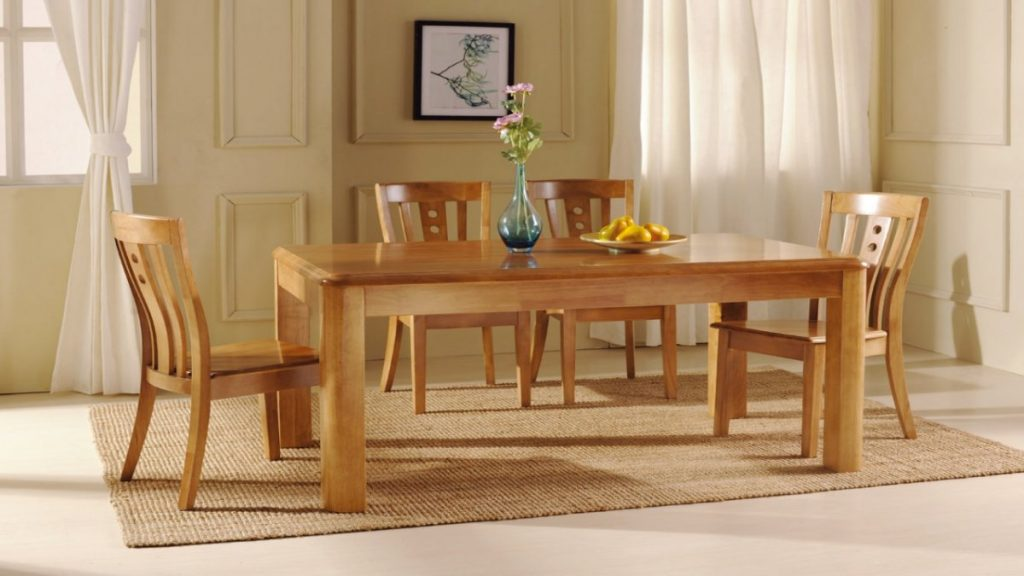 Traditional Casual Kitchen Design With Cheap Dining Tables Set