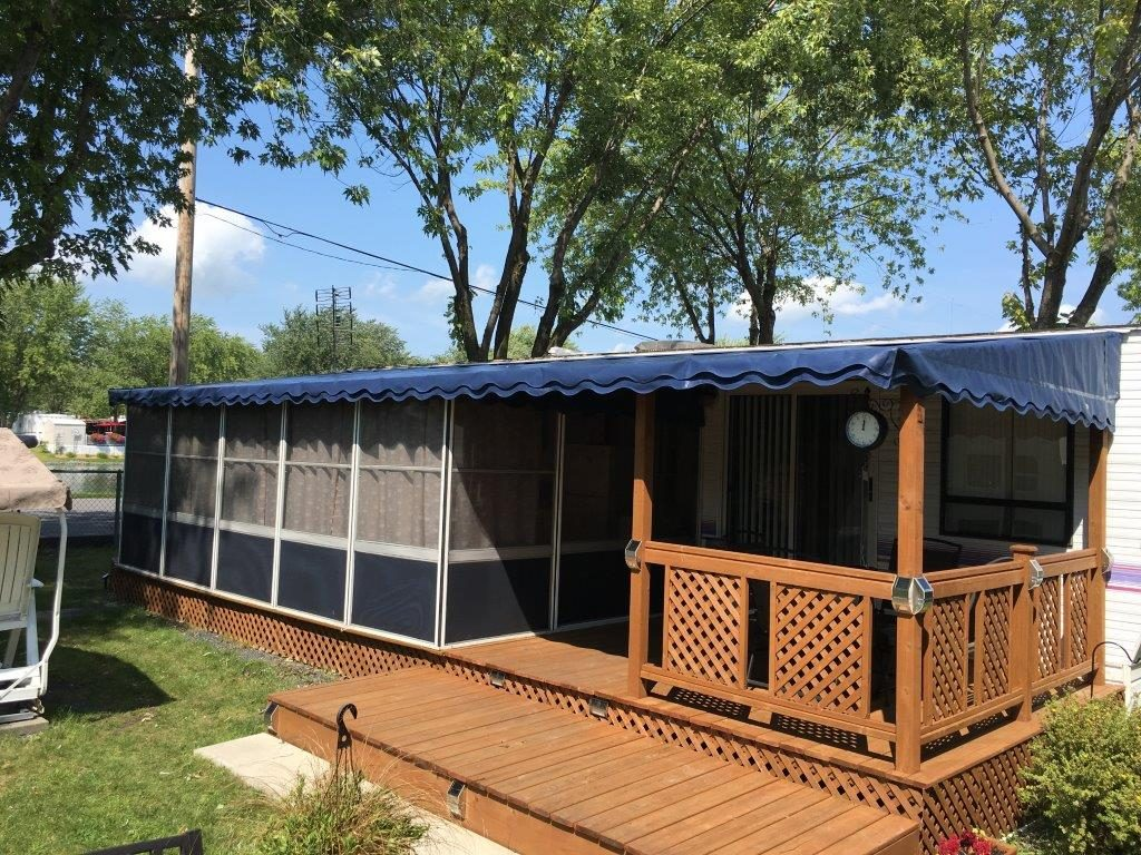 Trailer Deck Enclosure System Add A Room Screen Rooms In Canada