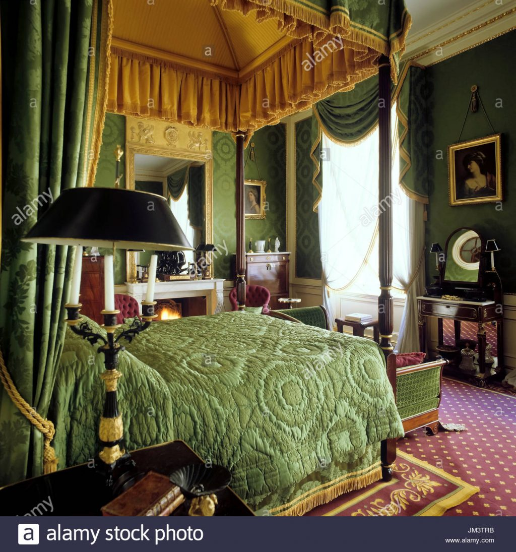 Victorian Style Bedroom Stock Photo 150061391 Alamy