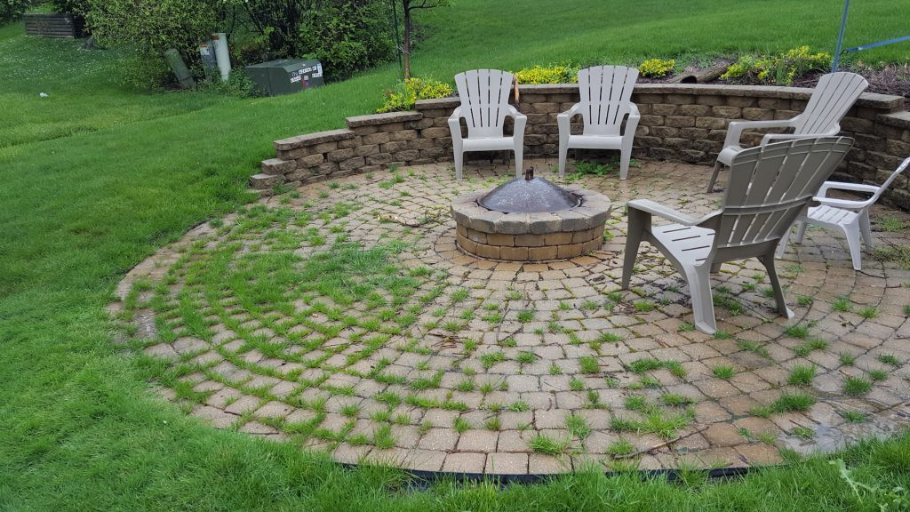 Weeds In Brick Paver Patio Joints Suck Il Stone Brick Pavers