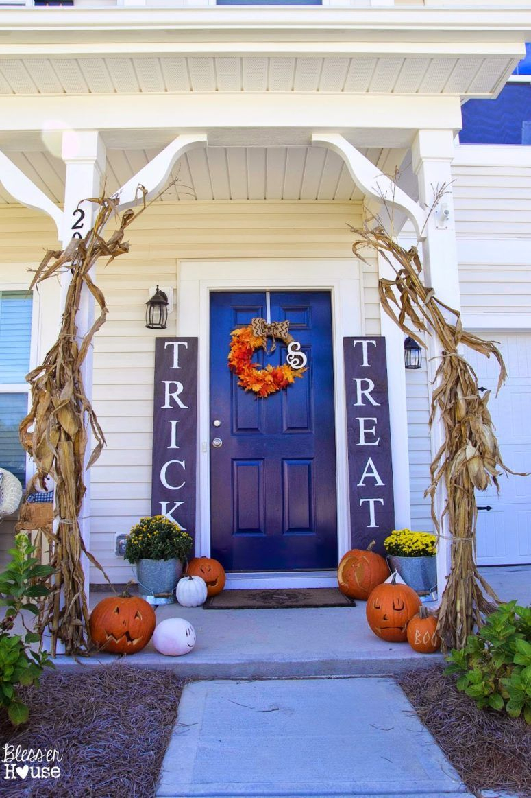 125 Cool Outdoor Halloween Decorating Ideas Holiday Ideals