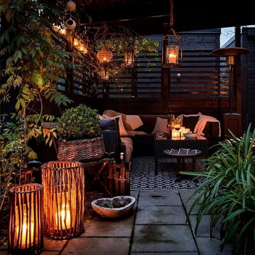 19 Tips And Tricks For Decorating A Small Balcony Balcony