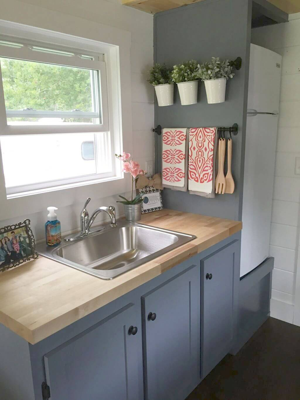 9 Best Small Kitchen Decor And Design Ideas For 9 – layjao