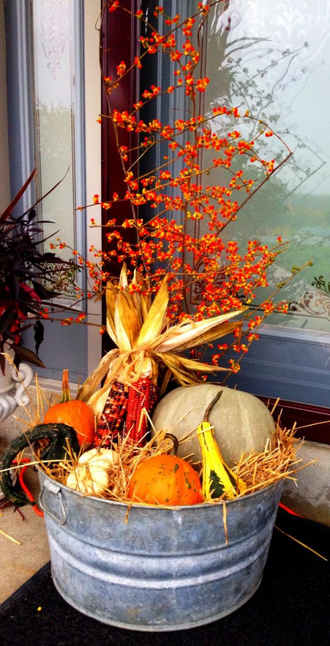 50 Fall Decor Ideas To Decorate Your Home In Style Fall Outside