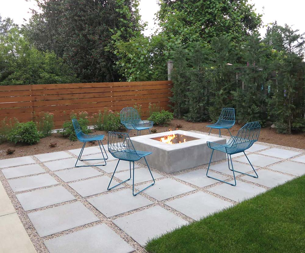 9 Diy Cool Creative Patio Flooring Ideas The Garden Glove