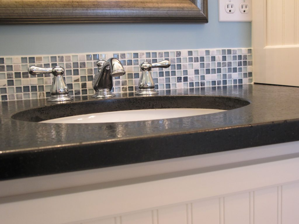Amazing Glass Tile Backsplash In Bathroom New On Style Design