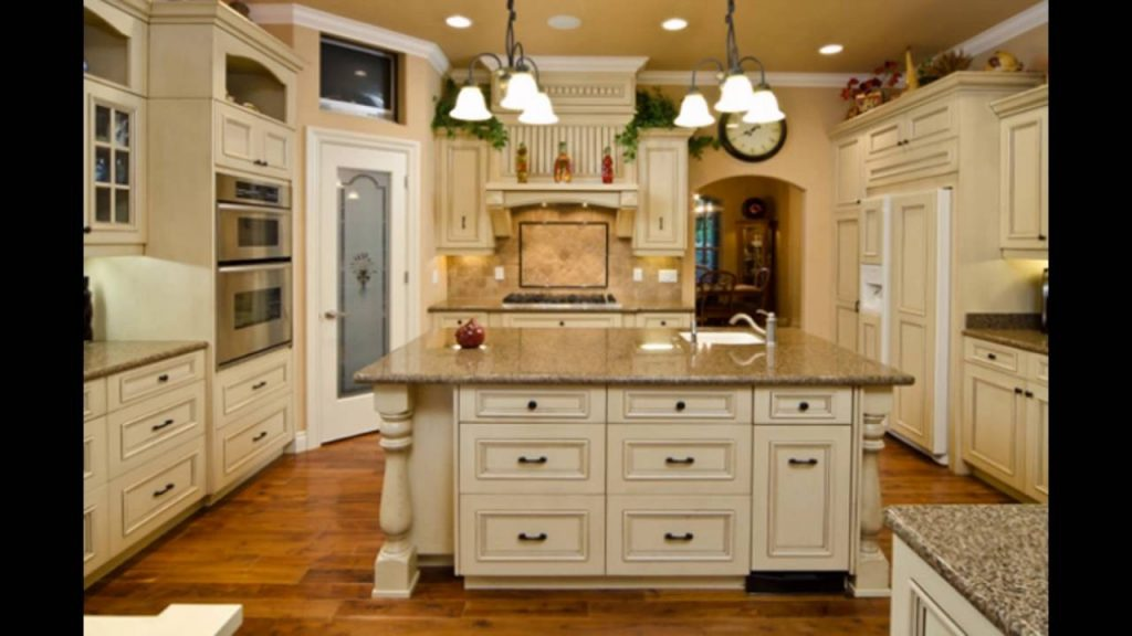Antique White Kitchen Cabinets With Chocolate Glaze Cabinets Colors