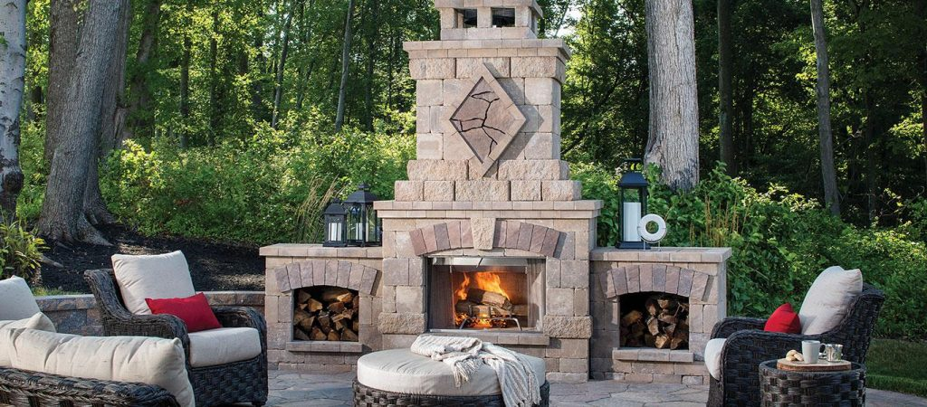 Bristol Series Rustic Outdoor Kitchen Tumbled Block Fireplace